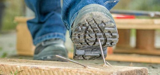 Work Boot Puncture Resistant stepping nail