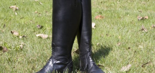 Knee High Work Boots Feature
